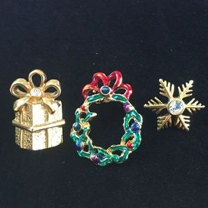 Christmas Present Wreath Snowflake Pins